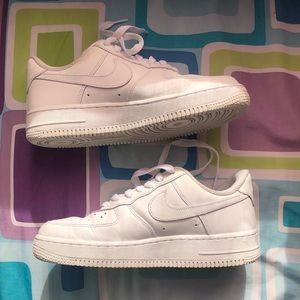 Nike Women's Air Force 1 '07